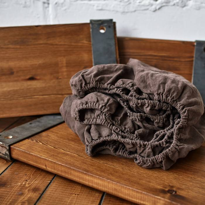 CHOCOLATE BROWN Linen fitted sheet
