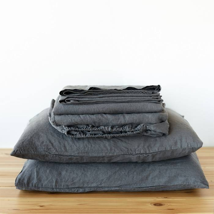 CHARCOAL GRAY Linen sheet set slip