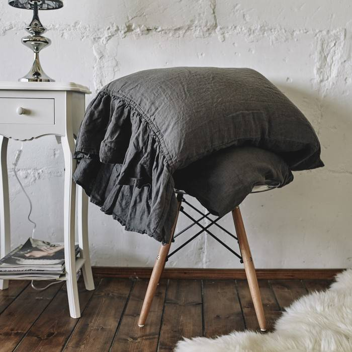 CHARCOAL GRAY Linen pillow sham with ruffle