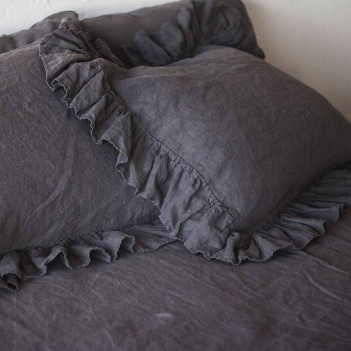 LINEN PILLOW SHAM  with 4 ruffles
