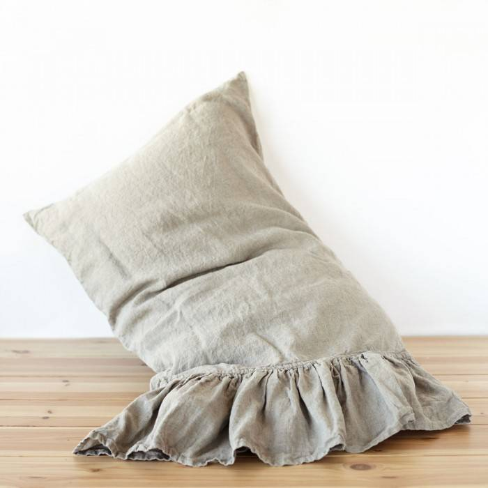 FLAX GRAY Linen pillow sham with ruffle