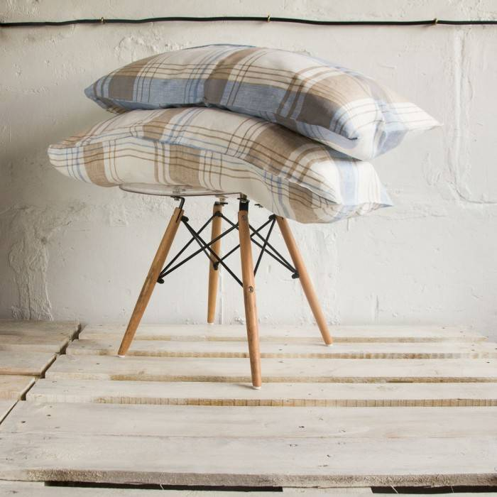 CHECKERED Linen pillowcase