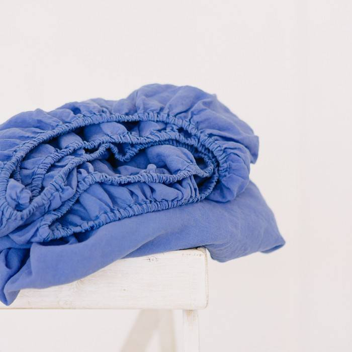 FRENCH BLUE Linen fitted sheet