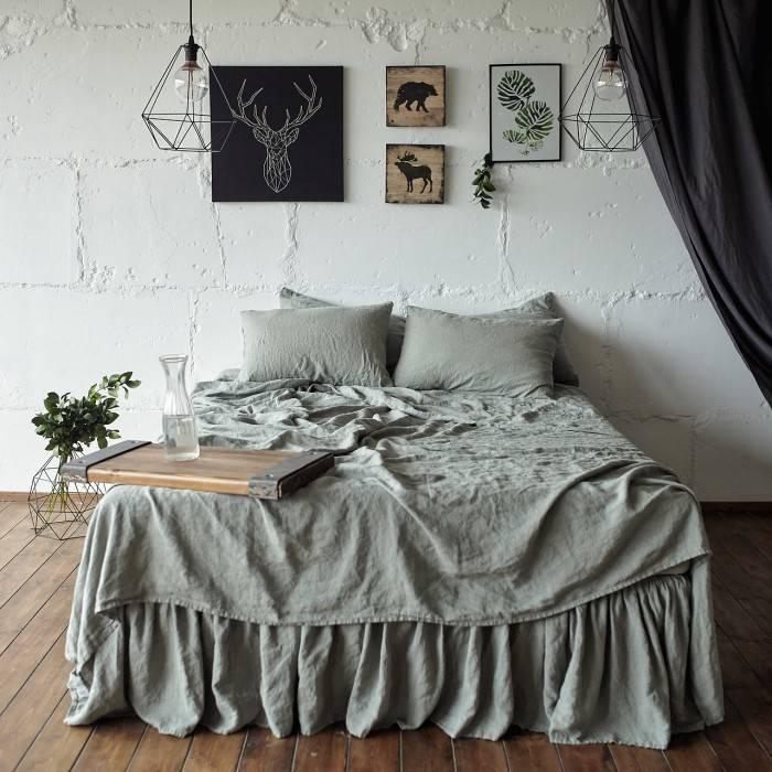 SAGE GREEN Linen sheet set slip