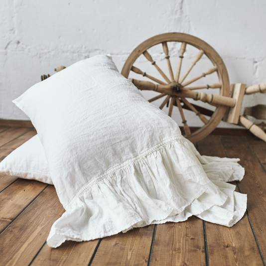 ANTIQUE WHITE Linen pillow sham with ruffle