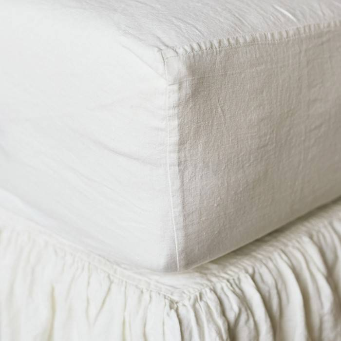 ANTIQUE WHITE Linen fitted sheet