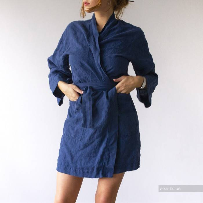 LINEN ROBE above-the-knee