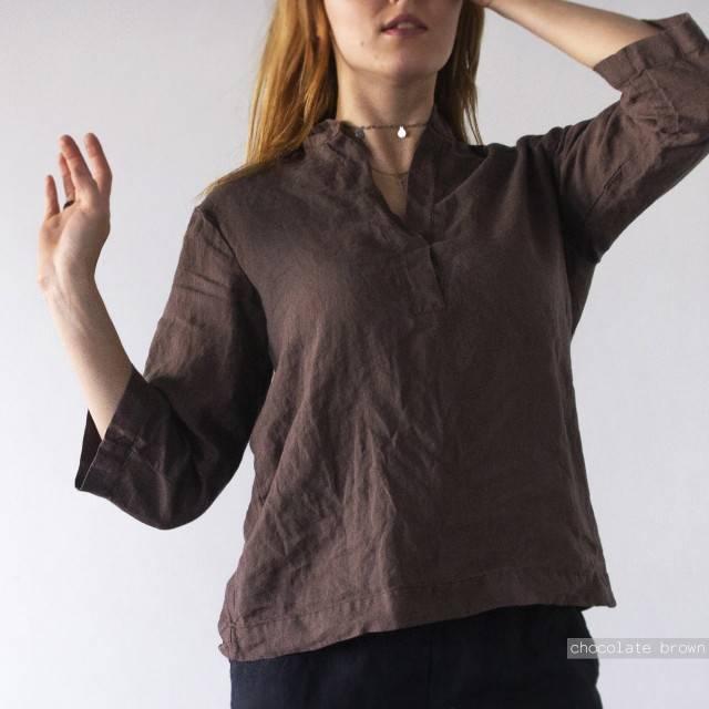 LINEN SHIRT with a collar